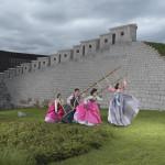 Korea-2013-by-Julia-Fullerton-Batten5