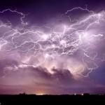 Stratagem of lightning over the farm in Nebraska