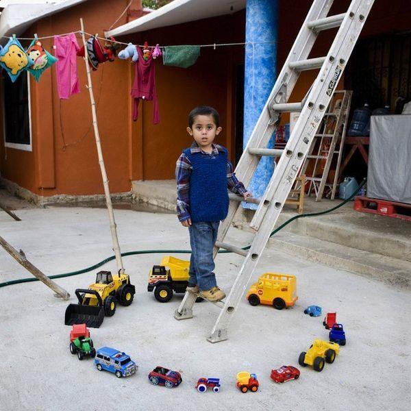Дети и их игрушки