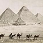 Vue generale des pyramides