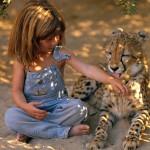 Девочка Типпи и гепард